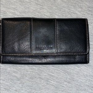 Kenneth Cole Wallet in Good Used Condition